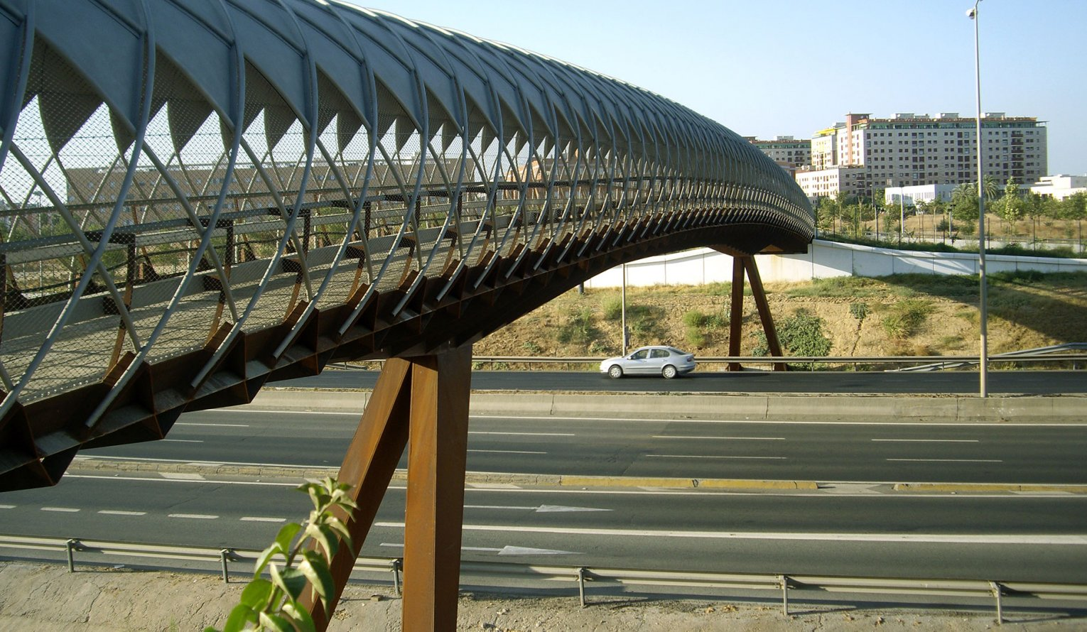 Bridge over SE-30-Campus Palmas Altas